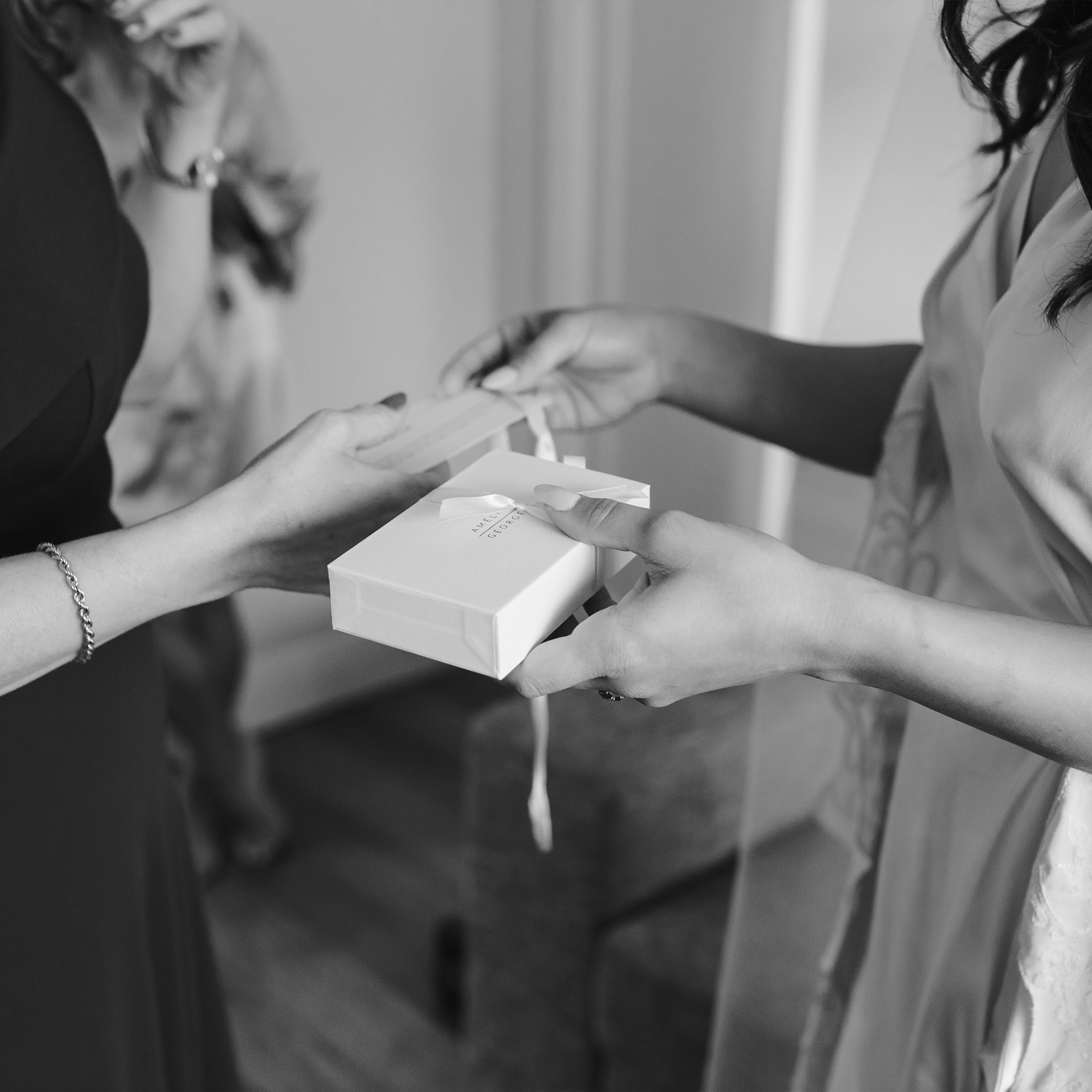 BRIDAL PARTY GIFT CARDS | Mr + Mrs Barathy